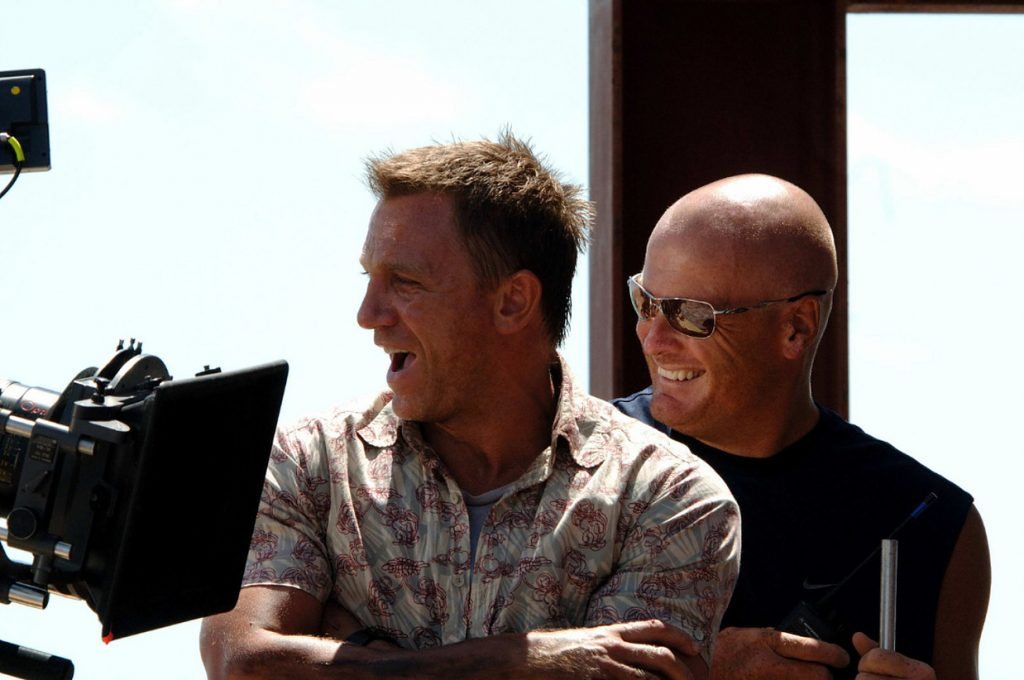 Daniel Craig samen met Gary Powell tijdens de opnames van Casino Royale.