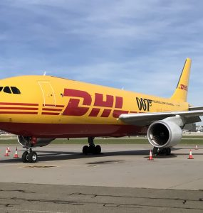 DHL No Time To Die partner 004