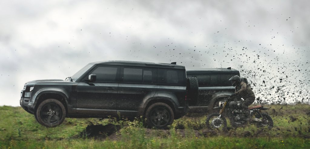No Time To Die Land Rover Defender 2020 007