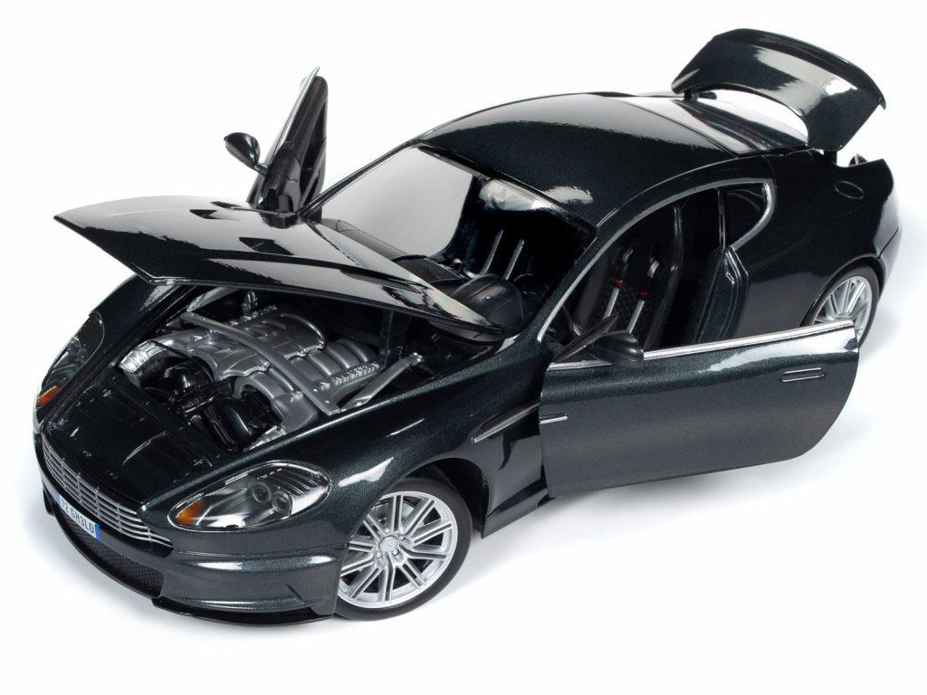 Round 2 Aston Martin DBS V12 Casino Royale Quantum Of Solace 1-18 002