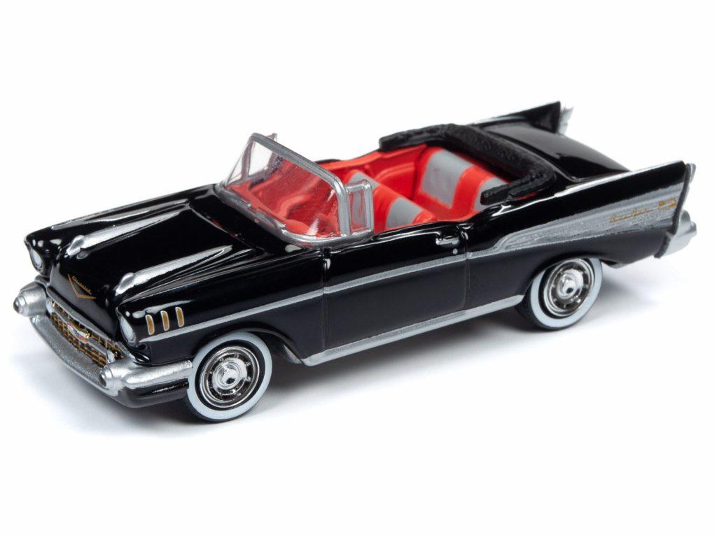 Round 2 Chevrolet Bel Air Dr No diorama 1-64 002